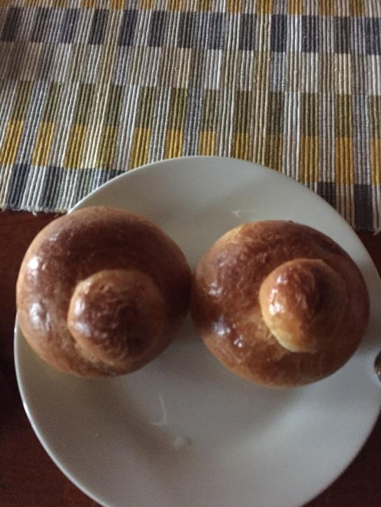 6 buns